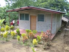 Mejora de las condiciones sociales y económicas en la comunidad de las Grietas