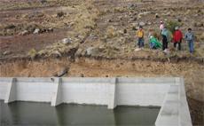 Dotación de sistemas de riego y fortalecimiento de las organizaciones campesinas en Jatun Pampa, Tetillas, Choro y Vizcaíno
